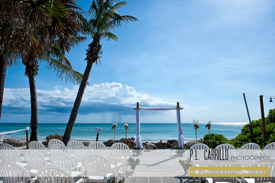 Officiates Gulf Beach Weddings Venue Beachhouse Restaurant Anna Maria Island On Dwellable