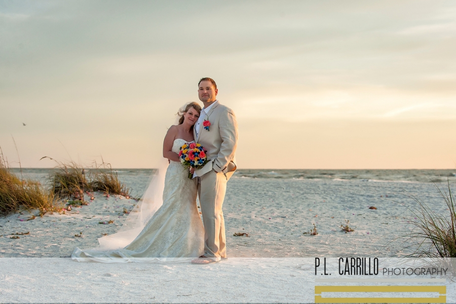 Heather_and_Fadil_a_Pass-a-Grille_Beach_Wedding_0107_WEB copy